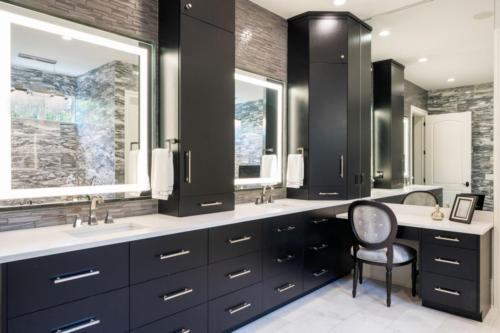 Master-Bath-Vanity-view1