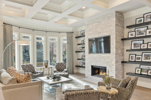 YOUNG FAMILY ROOM 1